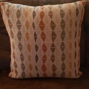 Rustic lodge Accent Pillow like new 😍